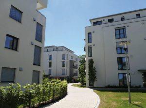 Projektentwicklung und Vermarktung an Investoren von acht Mehrfamilien- häusern in Augsburg/Kahnfahrt